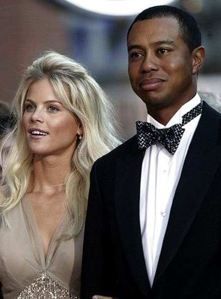 http://bmia.files.wordpress.com/2009/11/tiger_woods__elin_nordegren.jpg